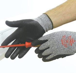 Matrix C3 Gloves Medium Size 8